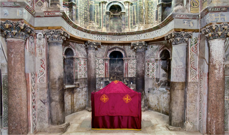 View of the center of the trefoil sanctuary with center altar, looking east